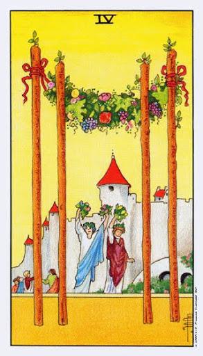 Ý Nghĩa Lá Bài Four of Wands Trong Tarot