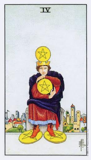 Ý Nghĩa Lá Bài Four of Pentacles Trong Tarot