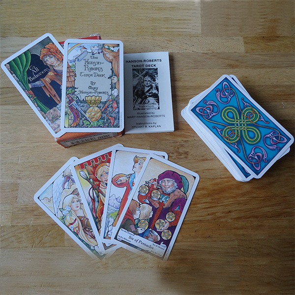 Essential Tarot Kit 3