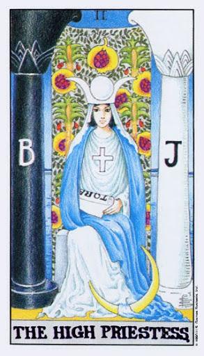 Ý Nghĩa Lá Bài II - The High Priestess Trong Tarot